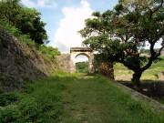 円覚寺側の門
