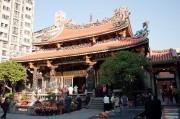 龍山寺 正殿