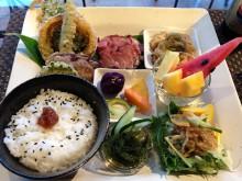 季節野菜とお肉のプレート