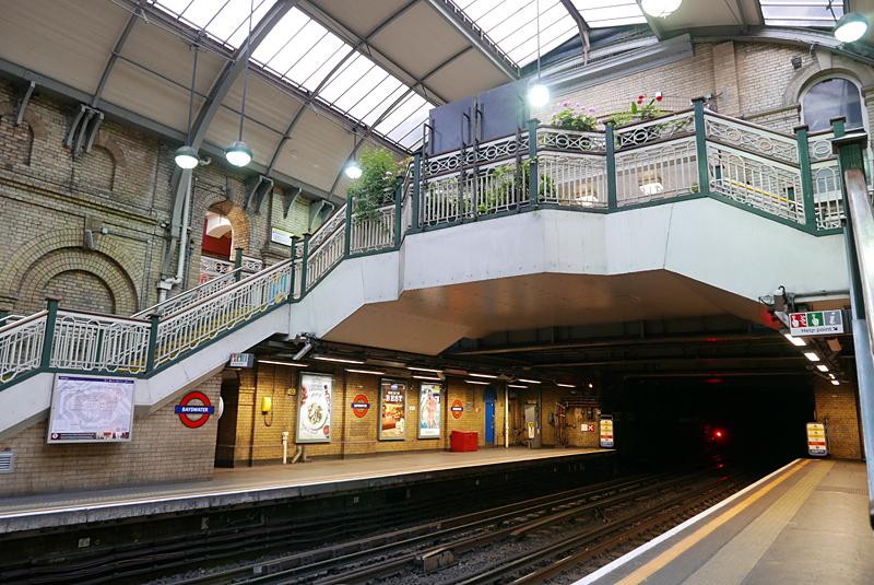 Bayswater イギリス旅行-地下鉄