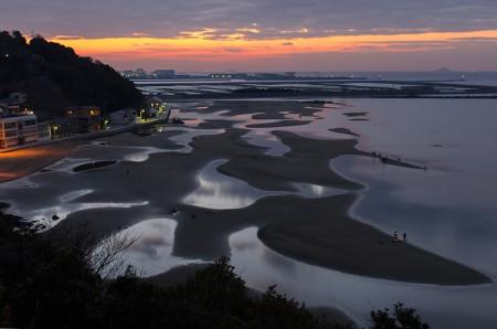 新舞子浜(兵庫県たつの)2 と姫路城